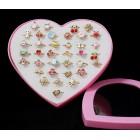 Gyűrű gyerekeknek - szív alakú kínálóban